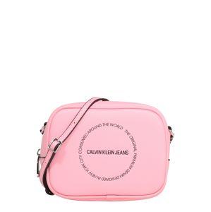 Calvin Klein Jeans Taška cez rameno 'SCULPTED CAMERA BAG'  ružová